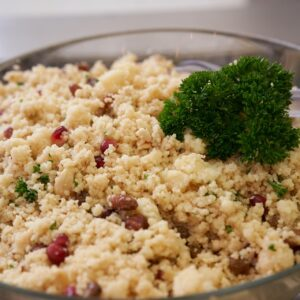 Image of barley wheat salad with raisins and apples